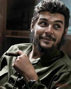 by Elliott Erwitt / Che Guevara, Havana, 1964 (photo colorisée) Robert Frank, Che Quevara, Che Guevara Photos, Ernesto Che Guevara, Elliott Erwitt, Robin Wright, Fidel Castro, Robert Doisneau, Actor Photo