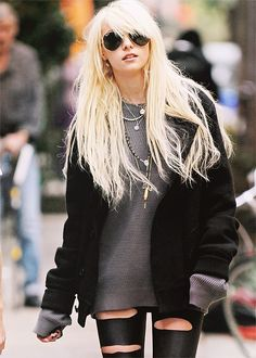 Taylor Momsen- dont like her, lover her style