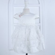 http://babyclothes.fashiongarments.biz/  Nimble Flower Mid-Calf Baby Girls Dress Cute Bow Pearls Regular Sleeves O-neck Ball Gown Wedding Birthday Party Dress 1-4Y, http://babyclothes.fashiongarments.biz/products/nimble-flower-mid-calf-baby-girls-dress-cute-bow-pearls-regular-sleeves-o-neck-ball-gown-wedding-birthday-party-dress-1-4y/,  Model size  perhaps have 2-3cm error  The age just suggested,not exactly according to different babies and kids.    ...,   Model size  perhaps have 2-3cm…