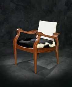The Pony Chair, designed by Russel Wright for the NYC Museum of Modern Art in 1932.