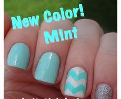 Blue chevron nails. Very cute!! :)