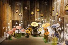 Bees exhibition at Karls Erlebnisdorf Wustermark | Perspective room 01  #interactive #exhibits #bees #exhibition #design  #Bienen #Ausstellung #Interaktive #Exponate  #InteractiveExhibits #InteraktiveExponate #Ausstellungsdesign #ClaudiaSchleyer