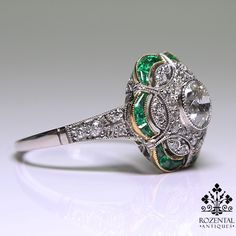 Antique Art Deco 18K Gold Diamond & Emerald Ring