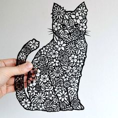 Have we got any cat lovers out there? This gorgeous floral cat papercut is now available as a giclee print. Happy Monday all xx Kirigami, 3d Zeichenstift, Boli 3d, Papercut Art, 3d Pen Stencils, Diy Paper, Paper Crafts, 3d Drawing Pen, Stylo 3d