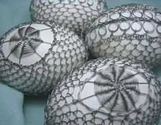 Egg Decorating, Hair Jewelry, Easter, Ornaments, Eggs, Crafts, Lace, Manualidades, Hair Fascinators
