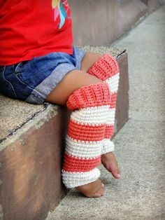Crochet Baby Leg Warmers,....just put the baby in pants already...lol
