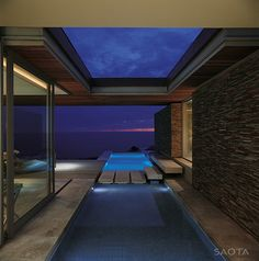 Perched on an exposed cliff with spectacular views: Cove 6 by SAOTA