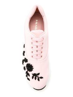 Comprar Prada beaded embroidery sneakers.