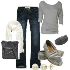 www.mythirtyone.c...  Love this outfit / set. With our Organizing Shoulder Bag in Denim.