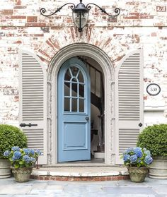 "2,866 Likes, 26 Comments - Lavender Hill Interiors (@lavenderhillinteriors) on Instagram: ""How divine is this entrance!! Image via Pinterest."""