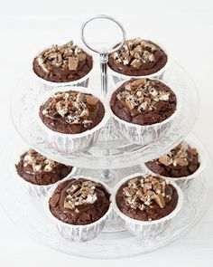 Tassenkuchen - Bäckerei: Schokoladen-Muffins mit Milka-Oreo Glasur