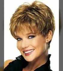 Trendy Hairstyles For More Volume - Short Hairstyles Women - Women short hair Styles - Cheveux Short Layered Haircuts, Haircuts For Fine Hair, Hairstyles Over 50, Short Hairstyles For Women, Trendy Hairstyles, Bob Hairstyles, Pixie Haircuts, Glasses Hairstyles, Sassy Haircuts