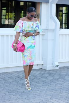THE FLORAL SHOULDER Floral Outfits, Chic Outfits, Summer Essentials, Fashion Essentials, Dior Tribal Earrings, All Fashion, Fashion Looks, Beautiful Goddess, Floral Midi Dress
