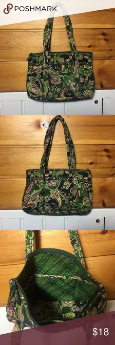 """Vera Bradley Shoulder Bag Chelsea Green Vera Bradley Betsy handbag/shoulder bag in retired Chelsea Green pattern Bag measures about 9"""" tall x 13"""" x 4"""" deep. 9"""" strap drop, & 10"""" overall zipper closure, one exterior pocket about 4"""" wide & in the interior 6 slip pockets along entire width of both sides - perfect for keeping your wallet, cosmetics and cell phone in place. It also includes a removable sturdy base. In excellent preowned condition, no rips, tears or stains, looks hardly used. $18…"""