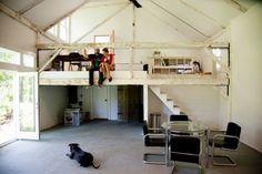 mezzanine, open plan & a dog !!!