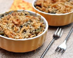 Make-Ahead Fresh Green Bean Casserole ♥ KitchenParade.com, made with fresh beans and mushrooms, then frozen to bake later. Recipe, insider tips, nutritition and Weight Watchers points included. Healthy Casserole Recipes, Ww Recipes, Fall Recipes, Healthy Recipes, Veggie Recipes, Vegetarian Recipes, Thanksgiving Vegetables, Thanksgiving Recipes