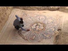 Excavation of a Zeugma mosaic