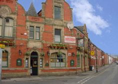 www.our-pub.co.uk/halfway Everything you need to know about The Halfway House, Ashton, all in one place! What's on in Tameside at The Halfway House, Ashton, Upcoming events  entertainment, latest news, online menus, opening times, contact information  more!