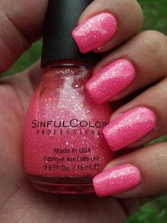 Sinful Colors - Pinky Glitter Have to say, I'm not a fan of removing this but it looks great on!