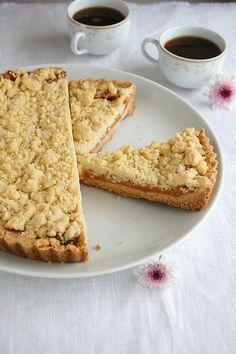 Lemon crumb tart / Torta crumble de limão siciliano by Patricia Scarpin, via Flickr