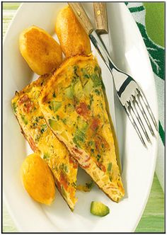 Zucchini tortilla with toppings   http://www.ibssanoplus.com/zucchini_tortilla_topping.html