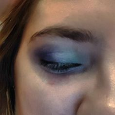 My first time using three different colored eyeshadow I'm wanting to do a vaporeon cosplay #beginner #beginnermakeup #eyeshadow #basiceyeshadow #notbad #makeup #soontobecosplay #cosplay #cosplaymakeup #pokemon #pokemonmakeup #pokemonlover