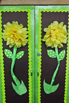 I love tissue paper flowers. I ADORE tissue paper flowers! These are PERFECT for bulletin boards, classroom decor, parties, and more! Classroom Setting, Classroom Door, Classroom Design, Classroom Displays, Preschool Classroom, Classroom Themes, Kindergarten, Future Classroom, Class Decoration