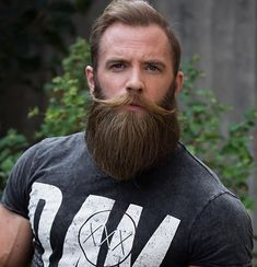 We're going to suggest some of the best and sexy beard styles to try. these beard styles are the best and the easy way to make you loved by Girls. Hot Beards, Great Beards, Awesome Beards, Handlebar Mustache, Beard No Mustache, Beard Lover, Man Beard, Sexy Beard, Beard Tips