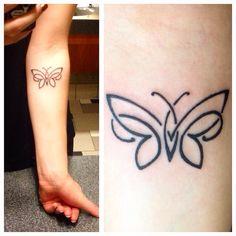 Se você está interessado em realizar uma tatuagem de borboleta e não ideia por onde começar, está no lugar certo! A borboleta é um animal bastante feminino, mas que conta com um significado bastante profundo, principalmente se você conseguir juntá-la com outras opções de desenhos. Apesar de ser um tema de tatuagem um pouco comum, […]