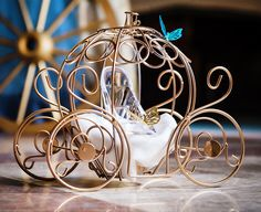 THE ORIGINAL Inspired by Disney Fairytale Wedding Decorated Cinderella's Carriage Coach Pumpkin table centerpiece decor. Cinderella Sweet 16, Cinderella Theme, Cinderella Carriage, Cinderella Birthday, Cinderella Wedding, Fairytale Weddings, Cinderella Invitations, Fairytale Party, Wedding Disney