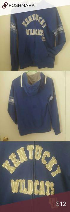 Kentucky wildcats zipup sweatshirt Preloved still good condition Jackets & Coats