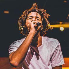 15 Best J. Cole Songs: J. Cole's proudly operated in the shadows, establishing his status as hip-hop's voice of reckoning. J Cole Art, Post Rock, Hip Hop Art, Rainbow Aesthetic, Collage, Spotify Playlist, Folk Music, I Icon, Print Pictures
