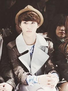 Taemin! I love his outfits...