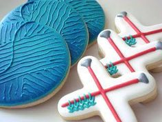 Cookies using a circle and X cutter. You could easily use this idea to make crossed arrows and a target