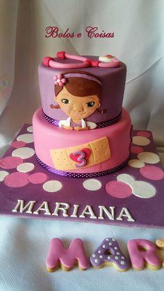 Bolos e coisas - Bolos decorados (Cake Design): Dra Mariana Brinquedos (Doctor Mcstuffins)