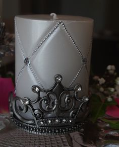 Blocked account NEW Crown wine bottle holder or candle holder holds a 3 inch pillar candle or your favorite bottle Wine Bottle Stoppers, Wine Bottle Holders, Candle Holders, Mardi Gras Centerpieces, Bath Bomb Sets, Crown Party, Princess Party Favors, Pillar Candles, Antique Silver