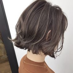 80 Bob Hairstyles To Give You All The Short Hair Inspiration - Hairstyles Trends Bob Hairstyles, Straight Hairstyles, Medium Hair Styles, Curly Hair Styles, Natural Hair Bob, Hair Arrange, Short Wavy Hair, Balyage On Short Hair, Japanese Hairstyle