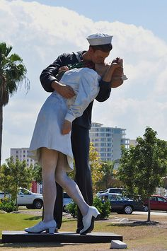 Love this so much. Since I married my sailor & just finished nursing school <3