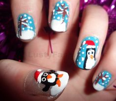 christmas nail art penguin