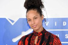 Why I Stand With Alicia Keys No Makeup Decision
