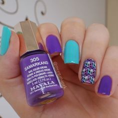 Esmalte 305 Samarkand da Mavala + Natureza Viva da Impala + Película Estilo Rosa. Turquoise and purple nails. Nail art. Nail design. Polishes. Polished. by @morganapzk
