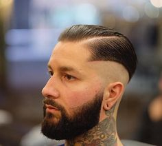 Mens haircuts + Men new hairstyle 2017 + mens hairstyles trends + cool hairstyles for male + stylish haircuts for men + Popular haircuts for men + mens short haircuts Popular Mens Hairstyles, Hipster Hairstyles, Cool Mens Haircuts, Haircuts For Curly Hair, Best Short Haircuts, Hairstyles Haircuts, Cool Hairstyles, Haircut Men, Peaky Blinder Haircut
