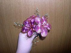 Ganutell – technika výroby kvetov z drôtu a nití a korálikov - Ostatné - Majstrovanie   Hobby portál Belly Button Rings, Brooch, Flowers, Jewelry, Suitcase, Jewlery, Jewerly, Brooches, Schmuck