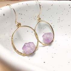 AQUARIA💥 || Hammered Amethyst Hoops 14KT Gold Filled || www.etsy.com/shop/yemayadesignshawaii ✨  #hammeredhoops #handmadeearrings #handmadejewelry #oregonjewelry #portlandjewelry #lakeoswego #shopetsy #etsy #bohohoops #bohemianstyle #bohemianjewelry #bohemianhoops