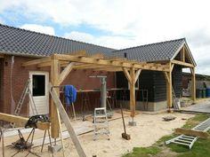 Toepassingen en voorbeelden van vers gezaagd eiken en douglas constructiehout / balken - Van Aarle Houtbedrijf B.V.