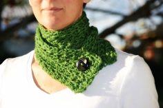 Sweet Starry Scarflette free crochet pattern by the green dragonfly Quick Crochet, Form Crochet, Bead Crochet, Learn To Crochet, Crochet Cowel, Crochet Scarves, Crochet Stitches, Crochet Patterns, Scarf Patterns