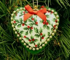 Christmas Tree Decoration Heart Shaped £3.95