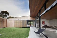 The residential winners of the 2014 Victorian Architecture Awards gallery - Vogue Living Architecture Awards, Residential Architecture, Architecture Design, Australian Interior Design, Interior Design Awards, Modern Courtyard, Courtyard House, Internal Courtyard, Modern Exterior