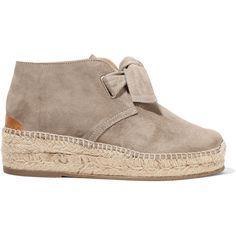 Rag & bone Gena suede wedge espadrilles (1.260 BRL) ❤ liked on Polyvore featuring shoes, sandals, mushroom, wedge shoes, lace up espadrilles, suede sandals, espadrille wedge sandals and low wedge shoes