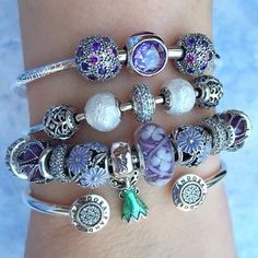 1,795 отметок «Нравится», 55 комментариев — Sarah (@sarinak23) в Instagram: «Purple Field of Flowers and Lavender Droplets and the precious Disney Tinker Bell charm.…»